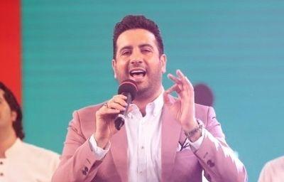 دانلود  امید حاجیلی  انتقاد تند احسان عبدی پور از رفتار امید حاجیلی در خندوانه