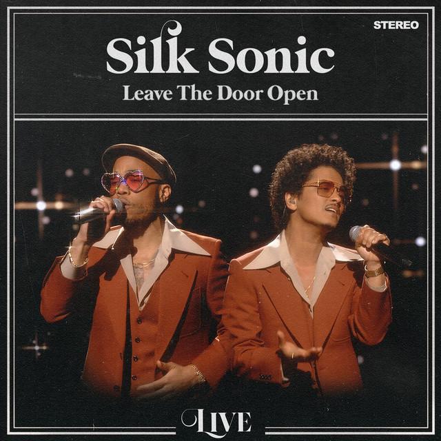 دانلود آهنگ برونو مارس Leave The Door Open (Live)